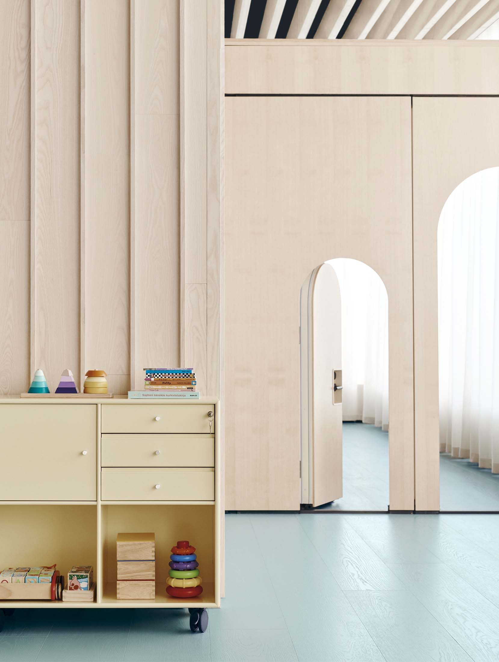 New Nordic School by the Sea doors and storage for toys